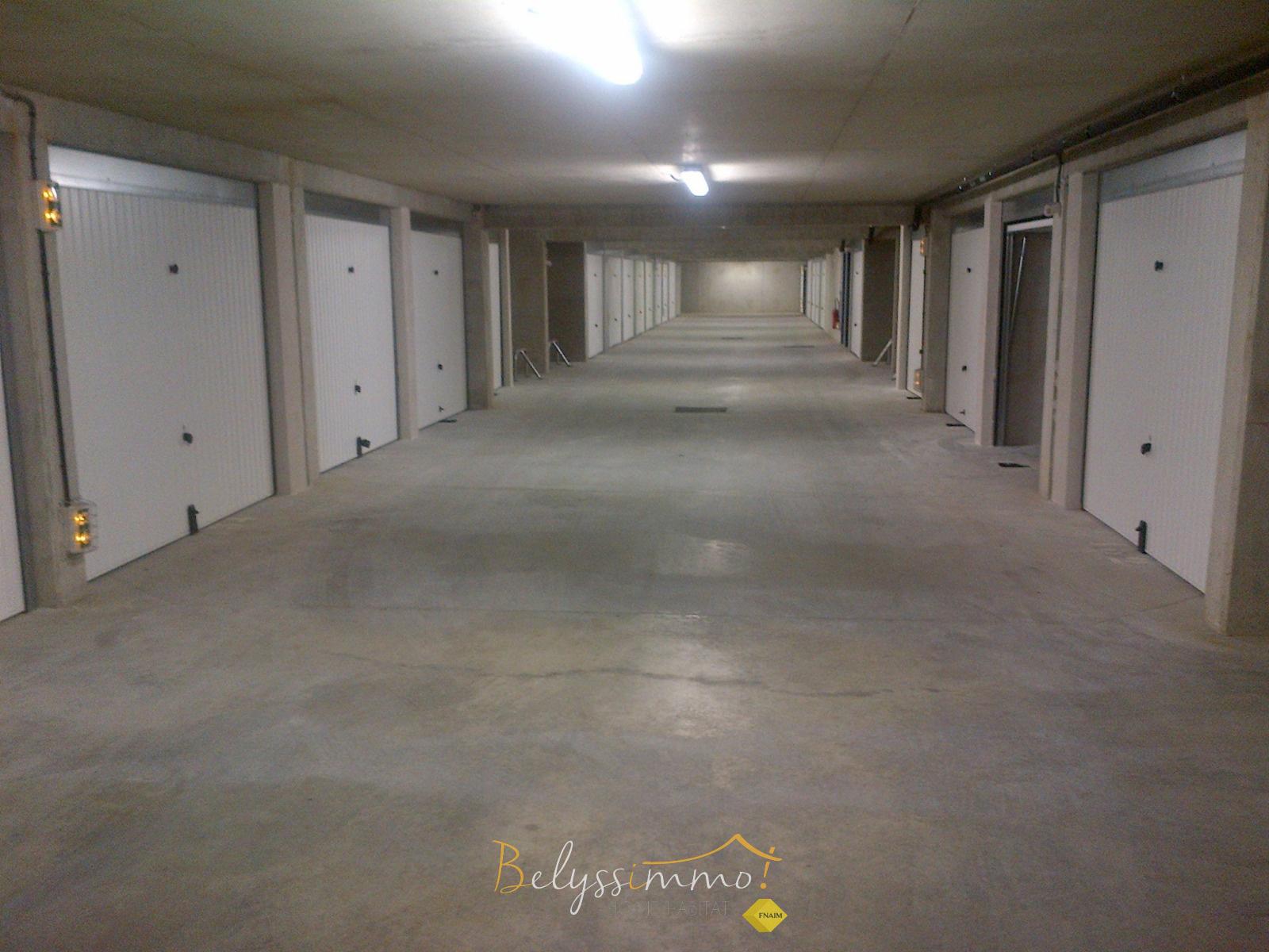 Offres de location Garage Lamorlaye (60260)